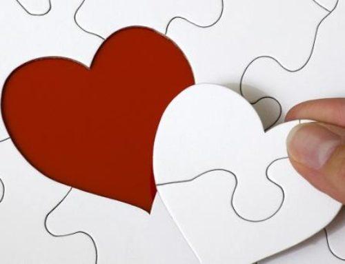 In amore meglio essere realisti o romantici?